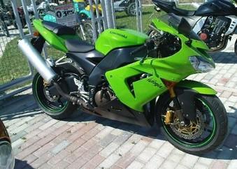 Kawasaki ZX 10 ...