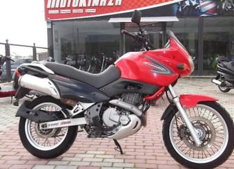 Suzuki XF 650 ...