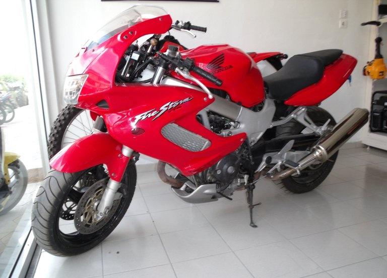 Honda VTR 1000 …