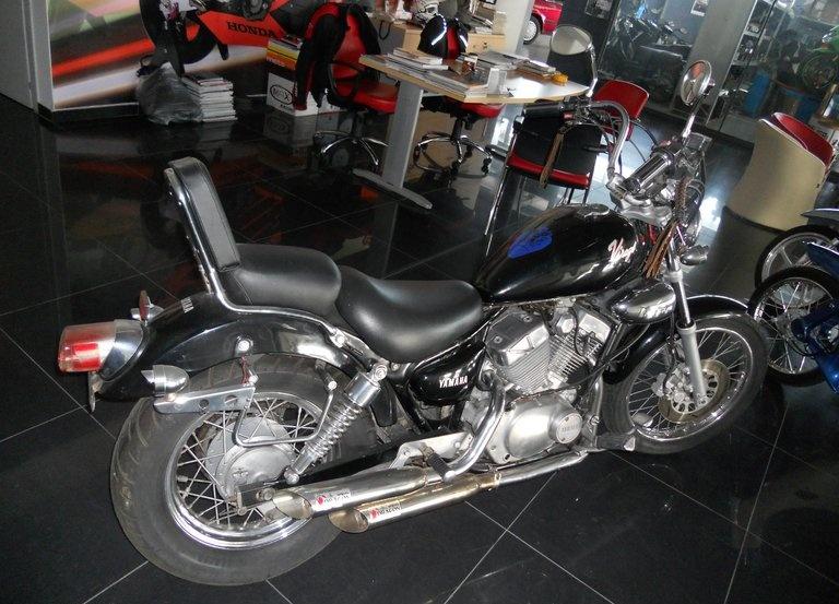 Yamaha XV Virago
