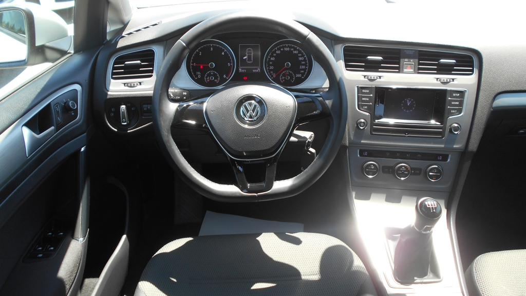 VOLKSWAGEN GOLF 1.6 …