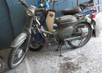 Honda C50 (στρογγυλοφαναρο)