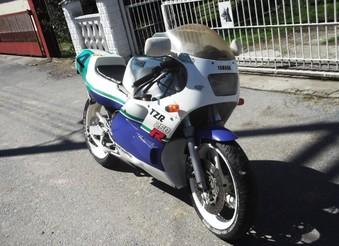 Yamaha TZR 250 ...
