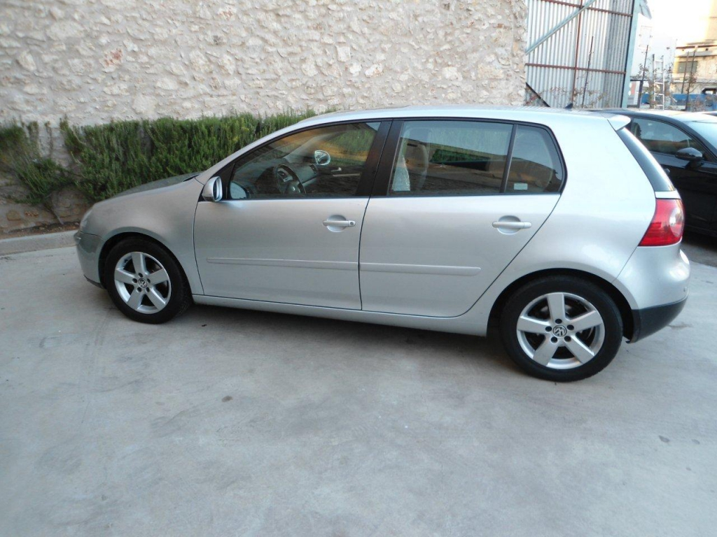 VOLKSWAGEN GOLF 1.4 …