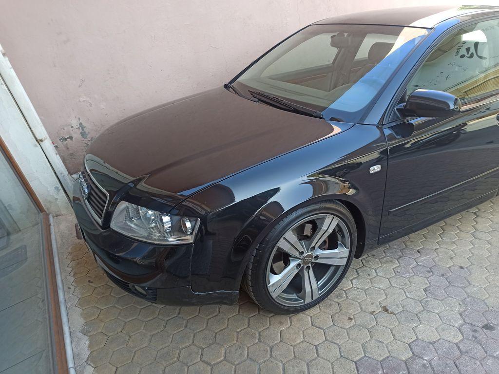 Audi A4 1800Τurbo …